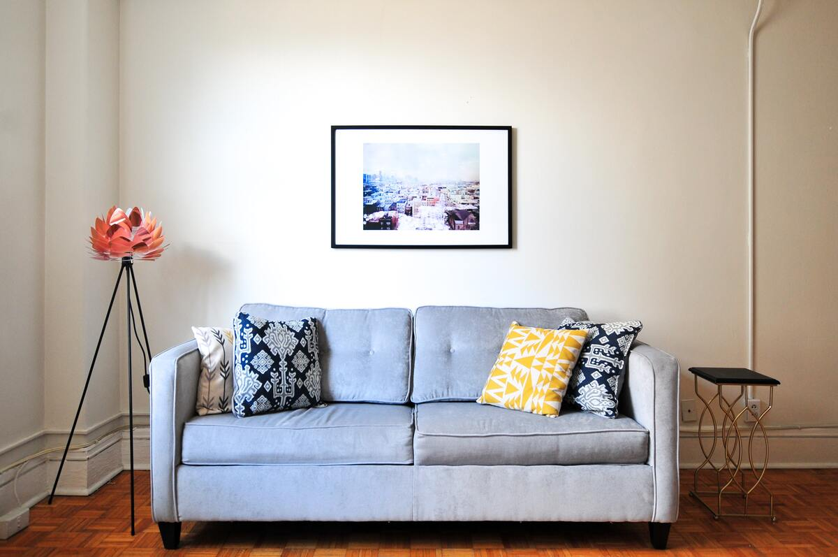 Simple and Minimalistic Living Room
